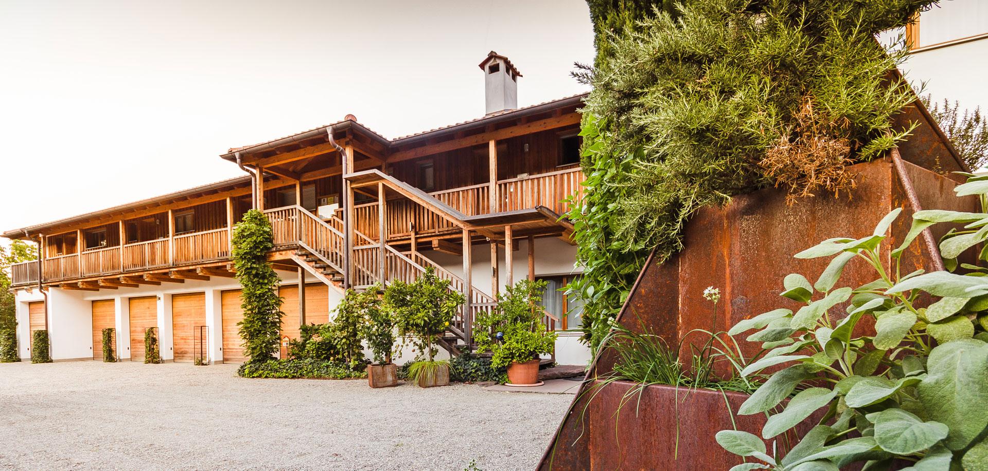 Comune Di Lana Bz st. ulrichhof lana - ferienwohnungen bei der familie von